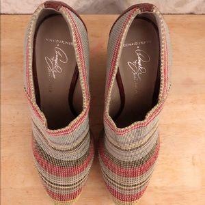 Donald J. Pliner Wedge Multicolor Woven Shoe